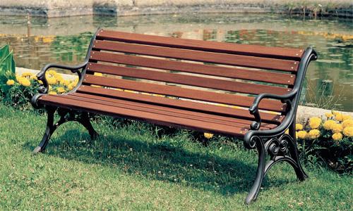 Come Fare Una Panca In Legno.Scegliere La Panchina Giusta Per Il Tuo Parco Giwa Ti Aiuta