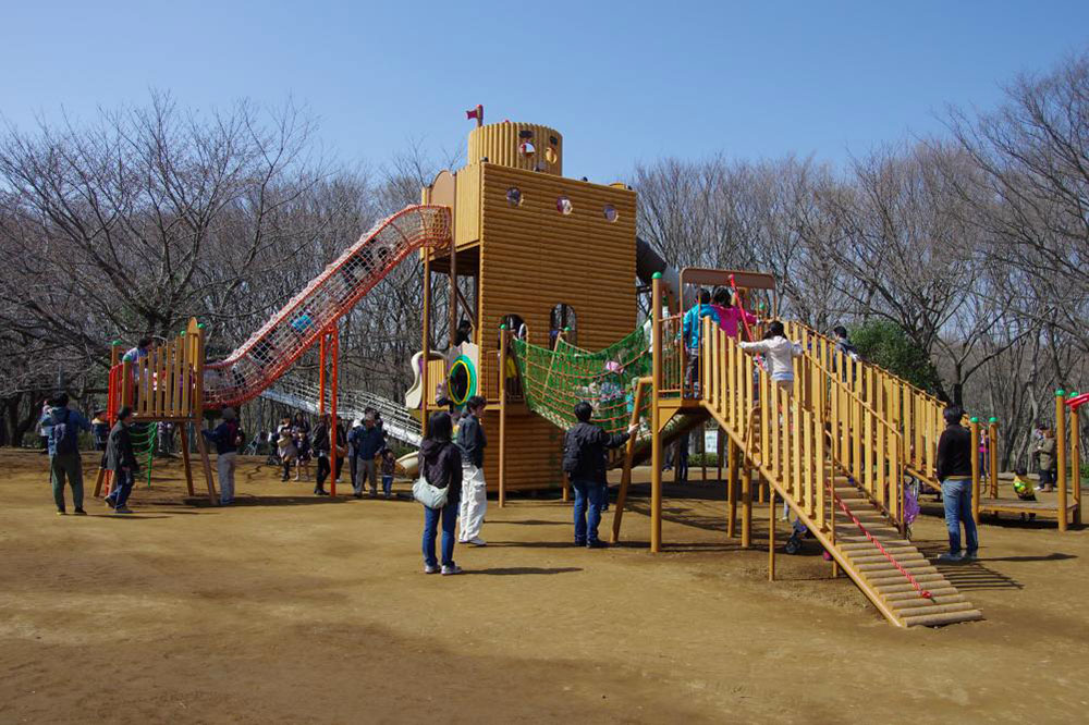 pavimento antitrauma per parchi gioco