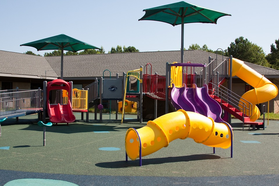 parco giochi pubblico
