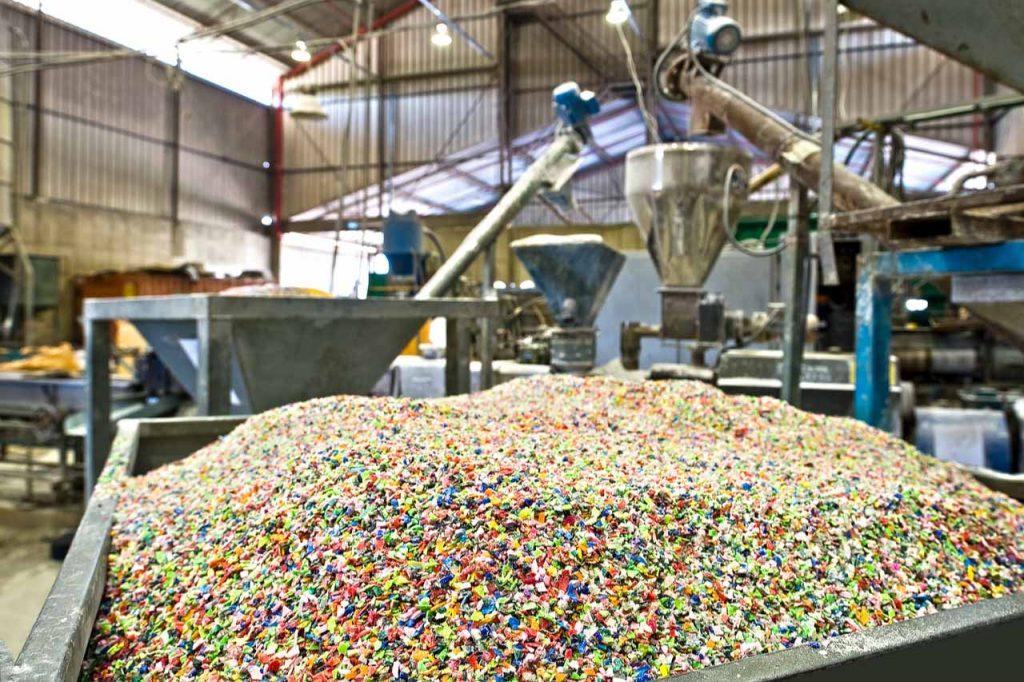 Riciclare Plastica per Edilizia